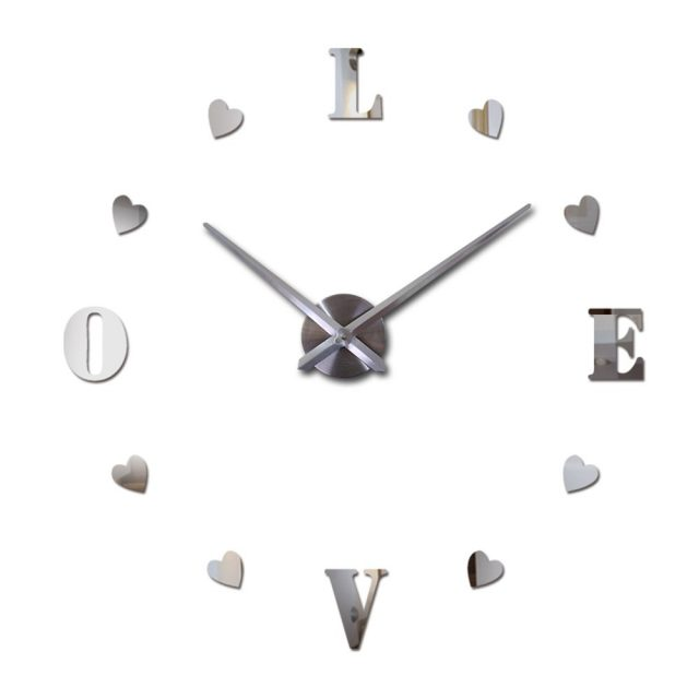 Decorative Colorful Mirror Wall Clock with Heart-Shaped Numbers